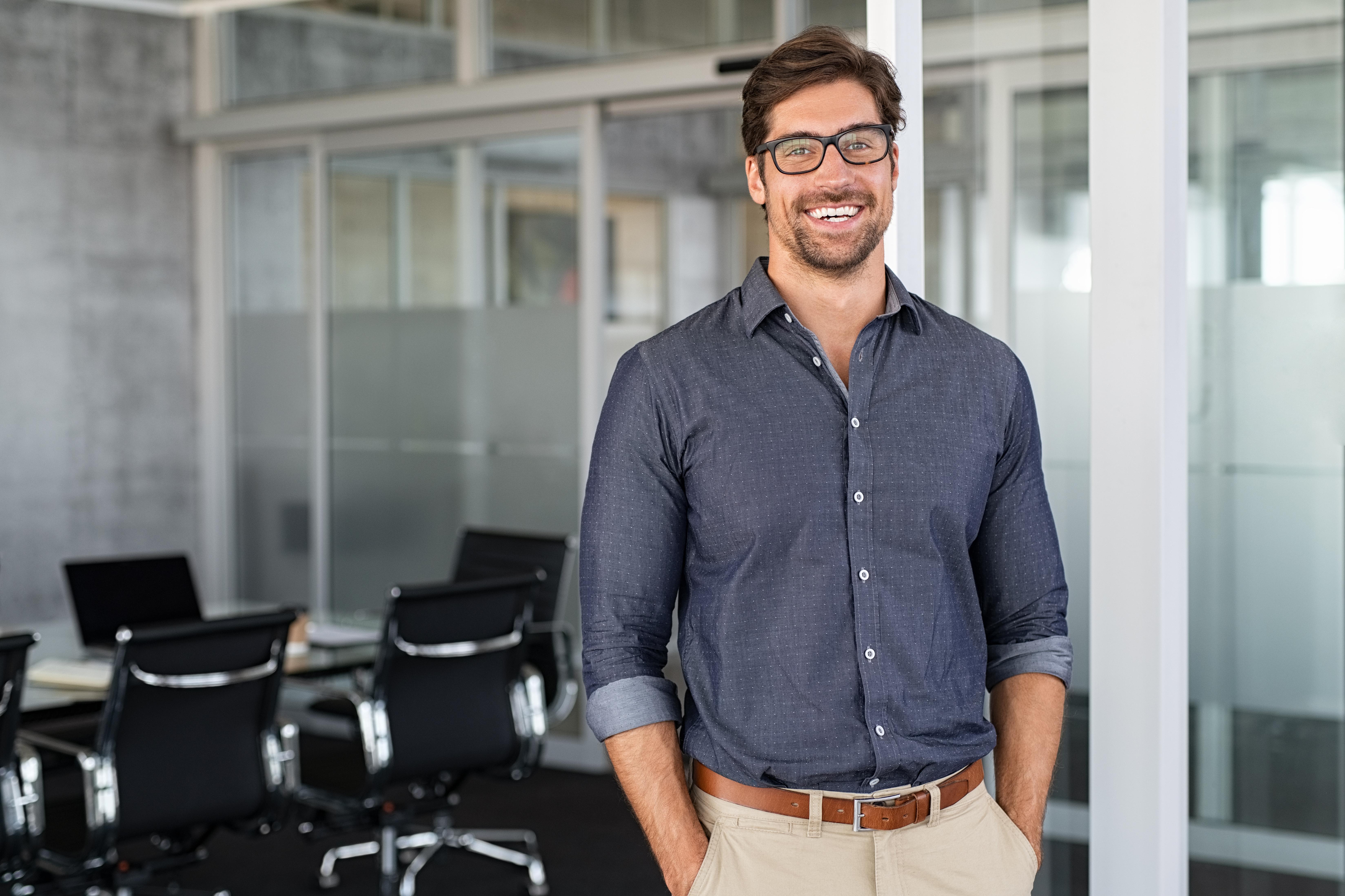 Бизнесмен, который может переехать в США по бизнесу