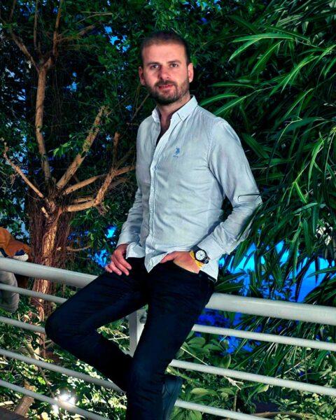 Артем Меринин - миграционный юрист