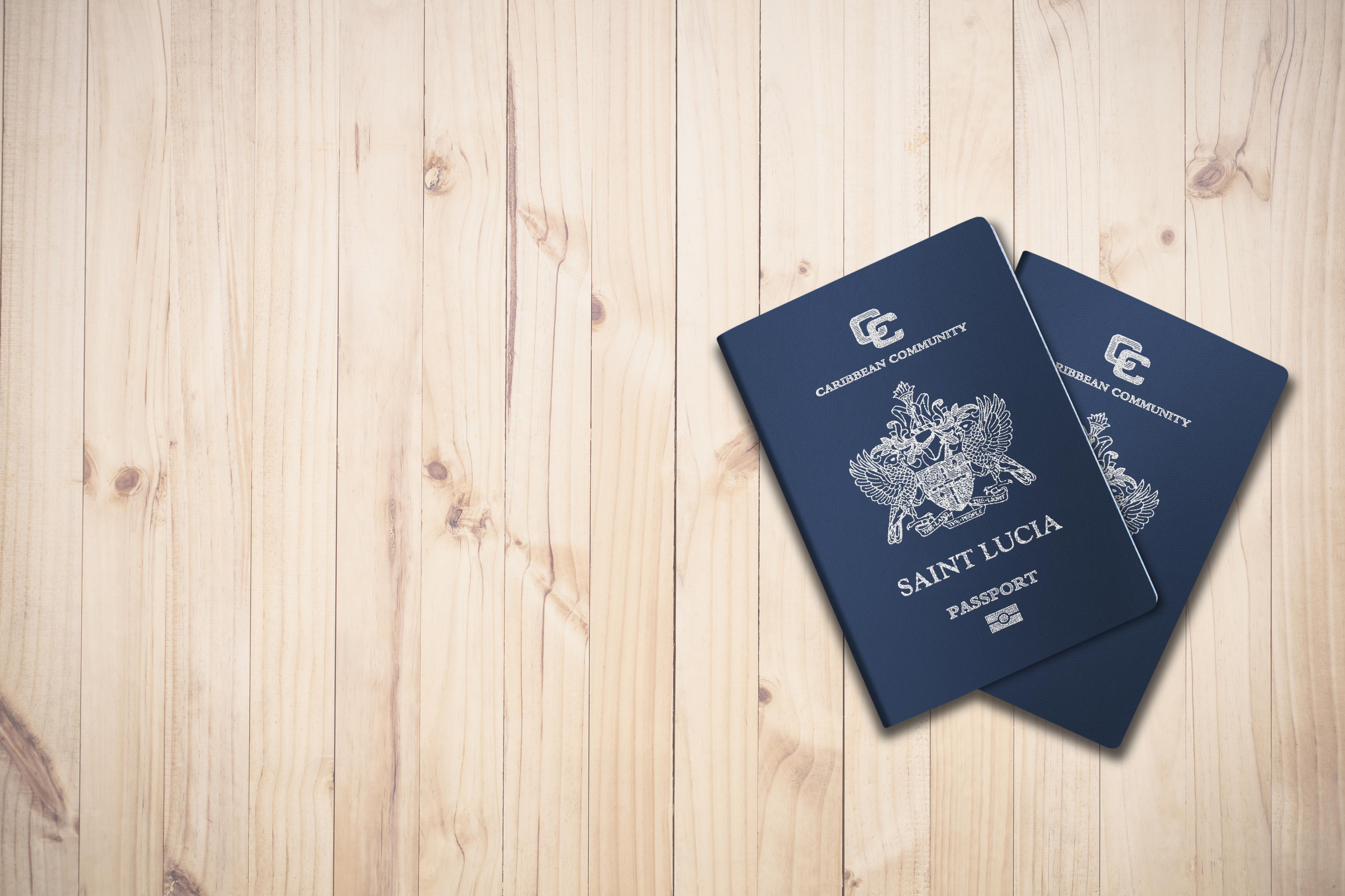 Паспорт Сент-Люсии, гражданство которой можно получить