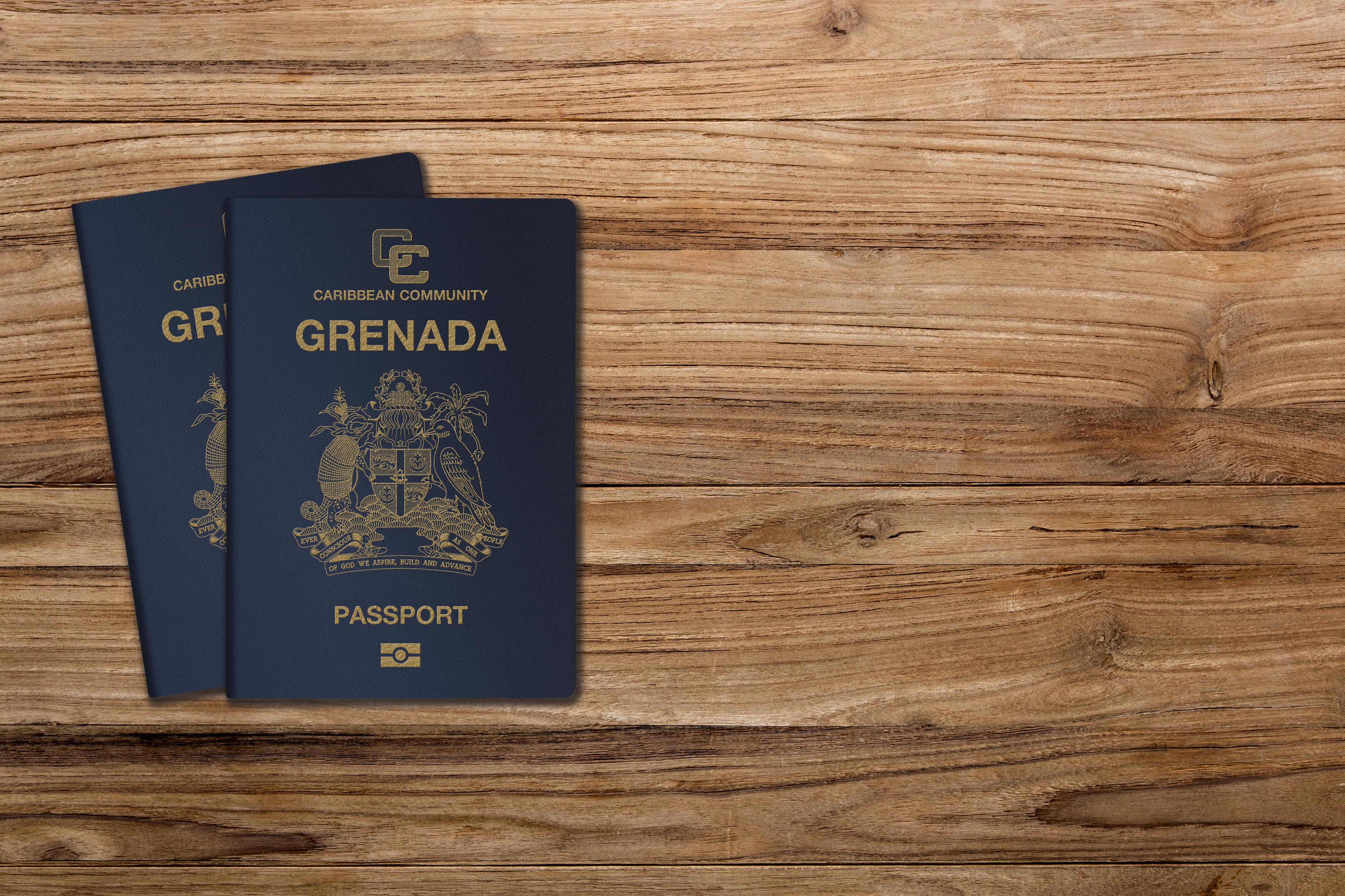 Паспорта Гренады, гражданство которой могут получить россияне, украинцы и белорусы