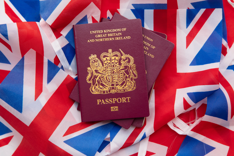 Паспорта Великобритании, которые могут получить иностранцы