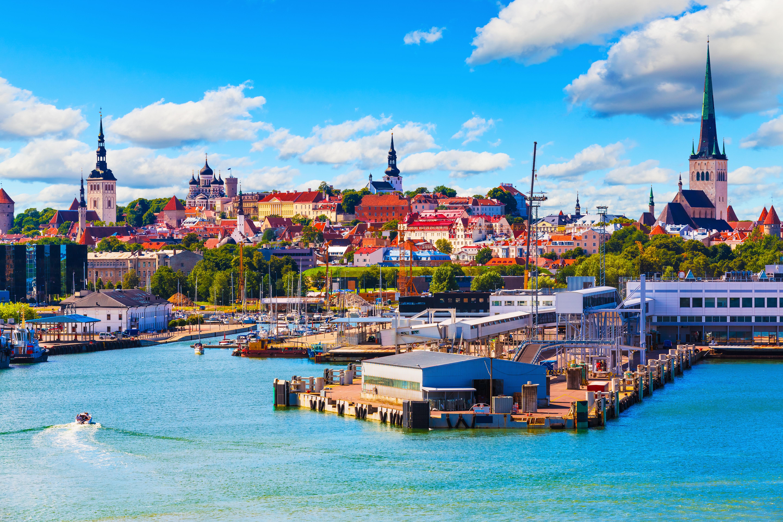 Таллинн, столица Эстонии, ПМЖ которой могут получить иностранцы
