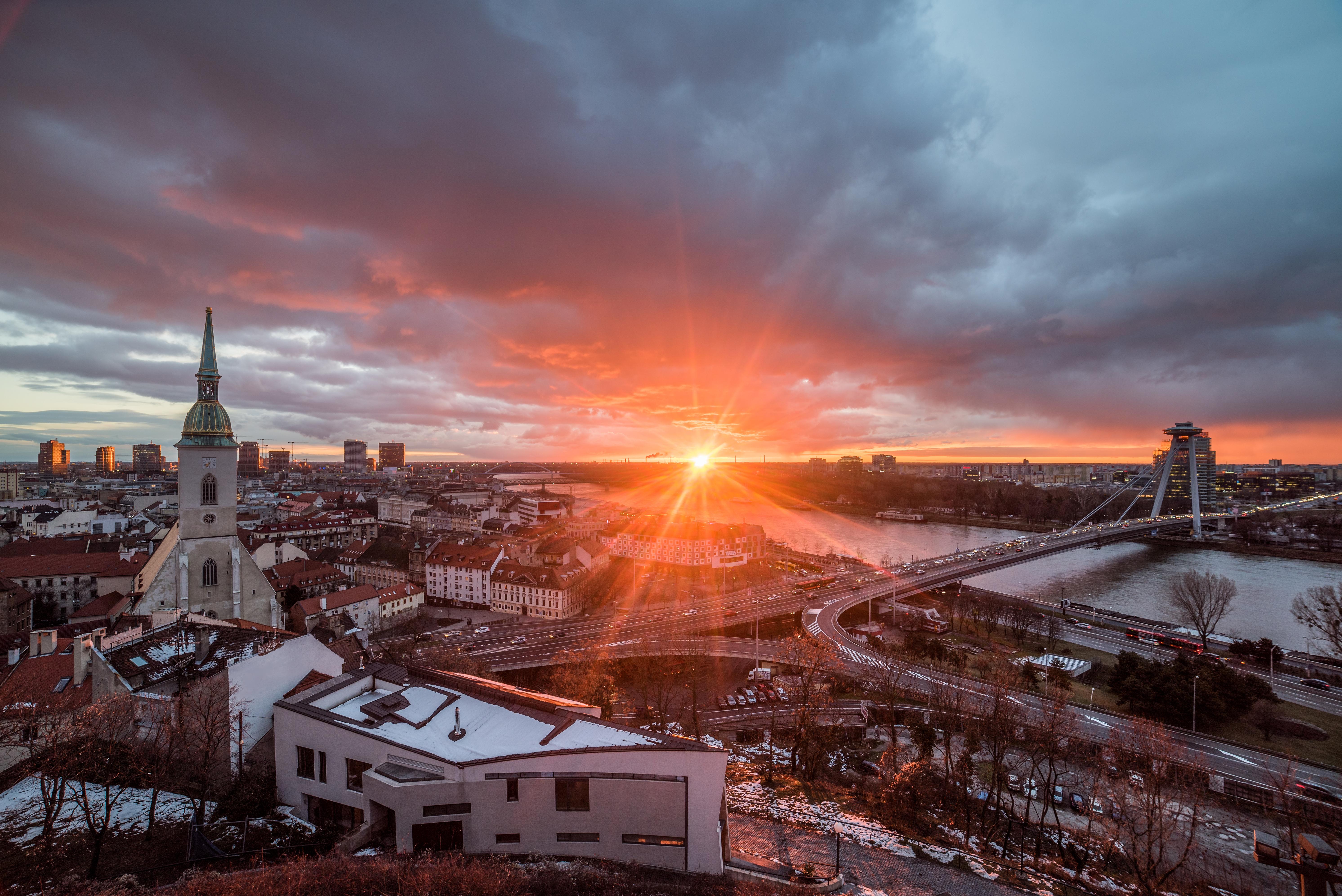 Братислава, столица Словакии, ПМЖ которой могут получить иностранцы