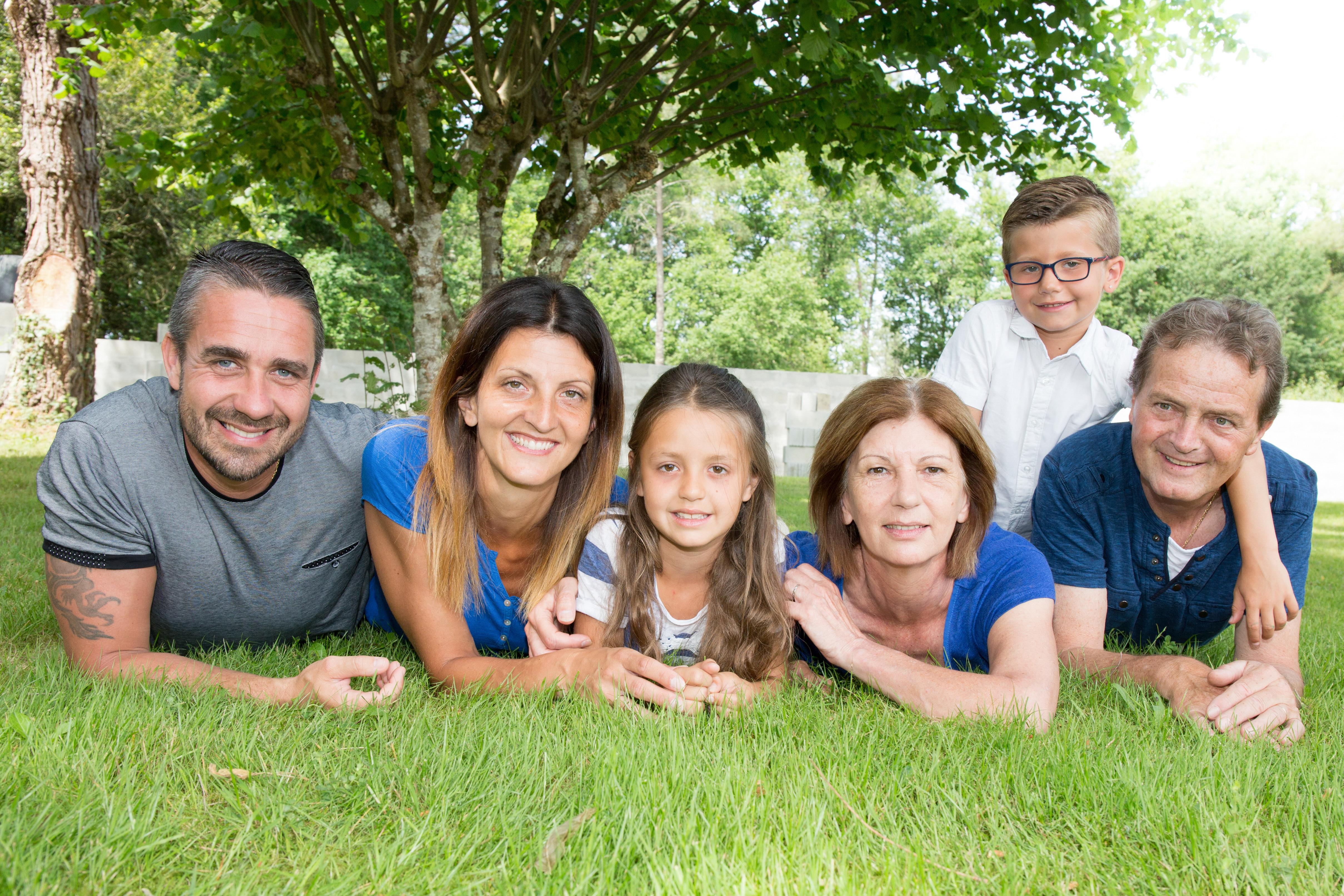 Воссоединение семьи как способ получить ПМЖ в Португалии