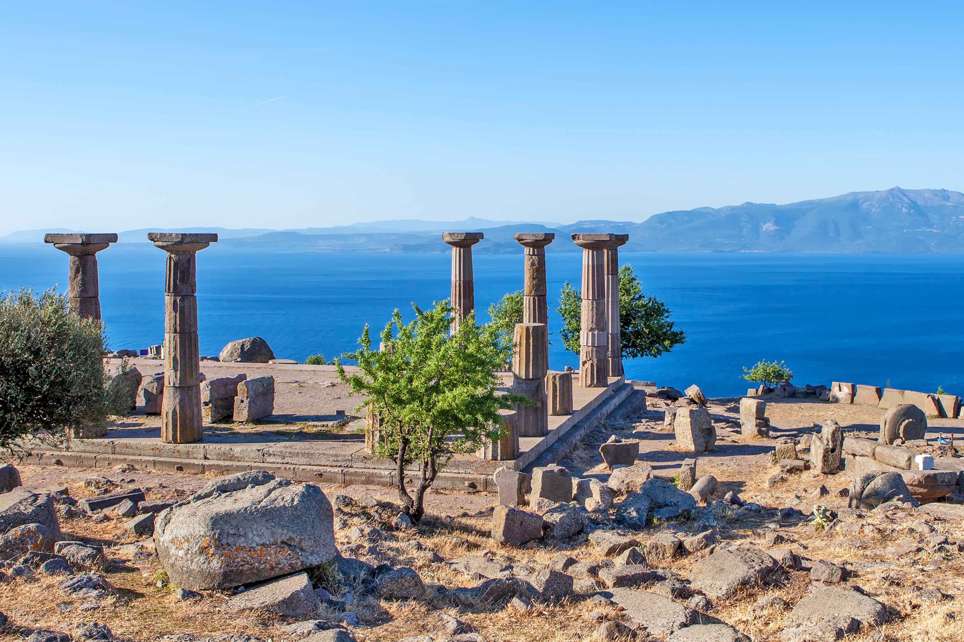 Вид на руины Трои в Турции, стране, где работа доступна для иностранцев