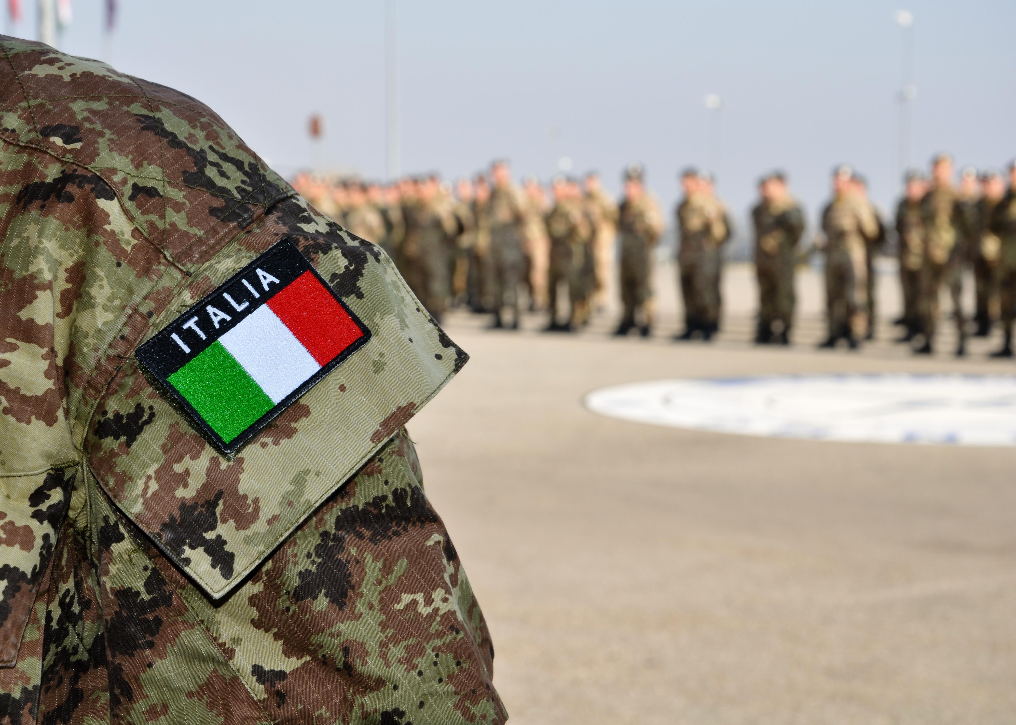 Служба в армии, благодаря которой иностранцы могут получить паспорт Италии