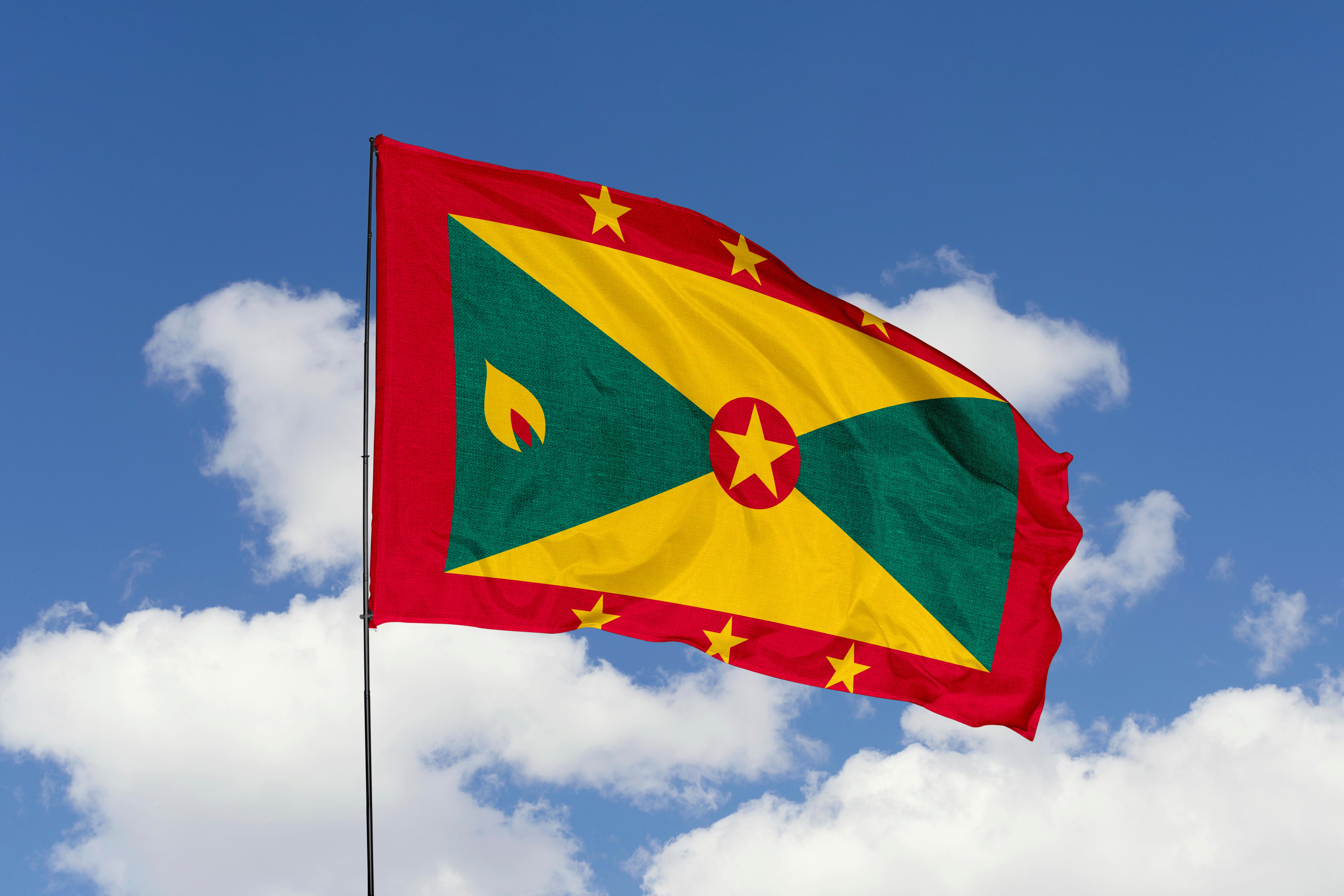 Флаг Гренады, где есть возможность обучаться для русских
