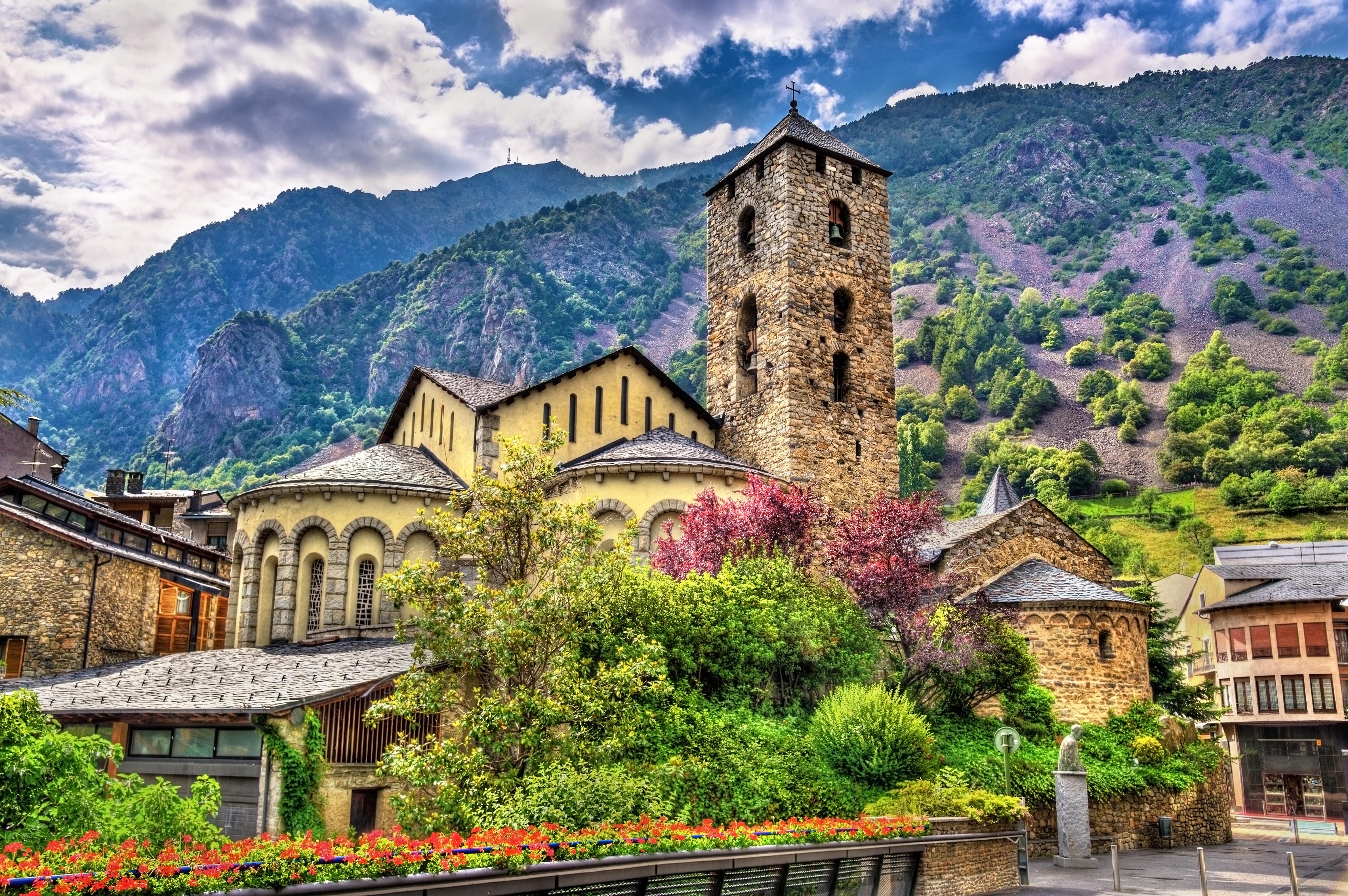 Церковь Сан-Эстеве в Андорре, ВНЖ которой могут получить иностранцы