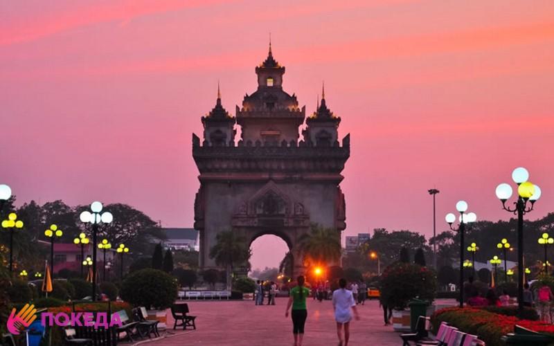 Закат в Лаосе