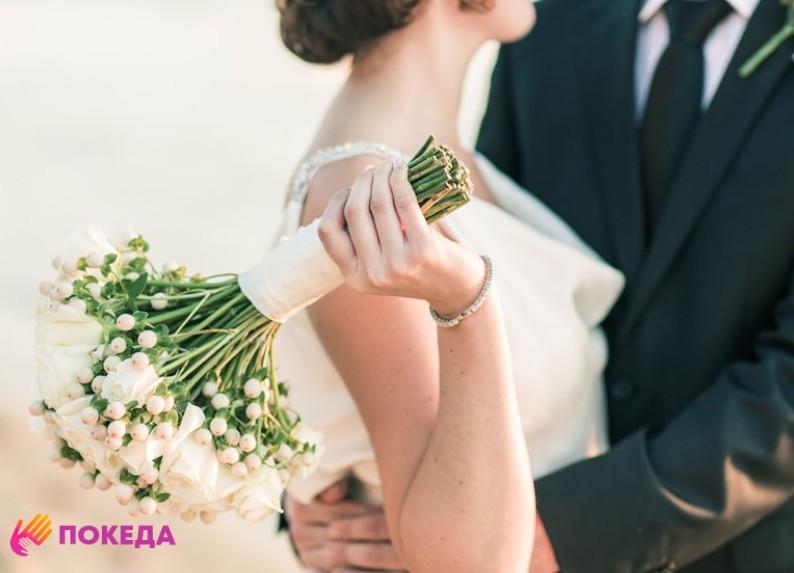 Порядок замены загранпаспорта после изменения фамилии в браке в 2019 году